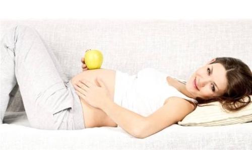 беременность, растяжки