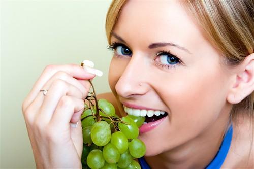виноград, зубы