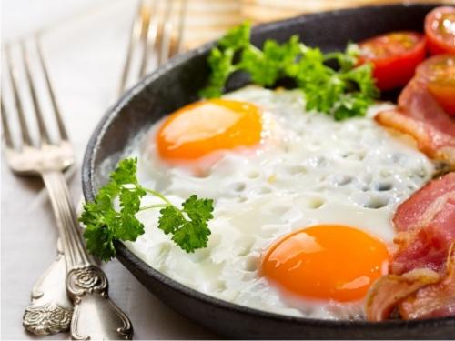 7 продуктов на завтрак, от которых поправляются