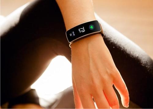 Что такое фитнес-браслет и чем он полезен для здоровья