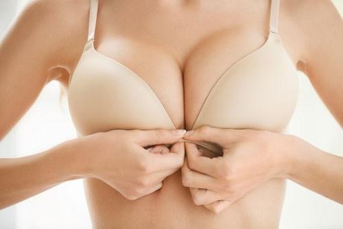 белье, грудь