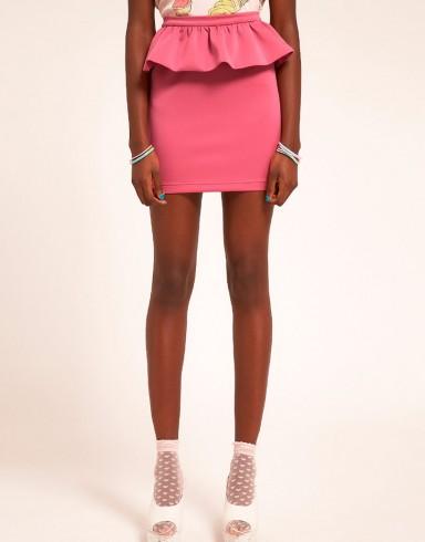 мода, тренд, мини-юбка
