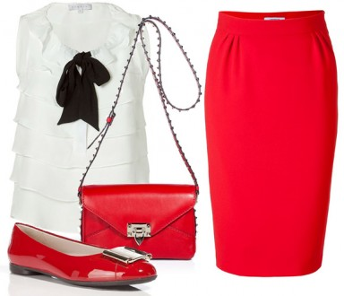 модные тренды, красная юбка, сумочка, кольца