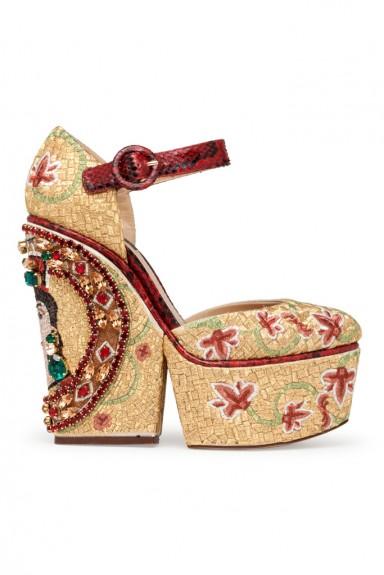 мода лето, кеды кроссовки