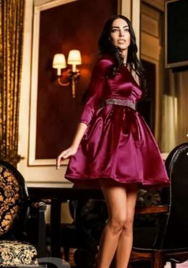 платья, аксессуары