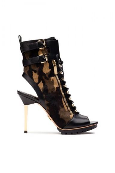мода, тренд осени, замшевая обувь, ботильоны, угги